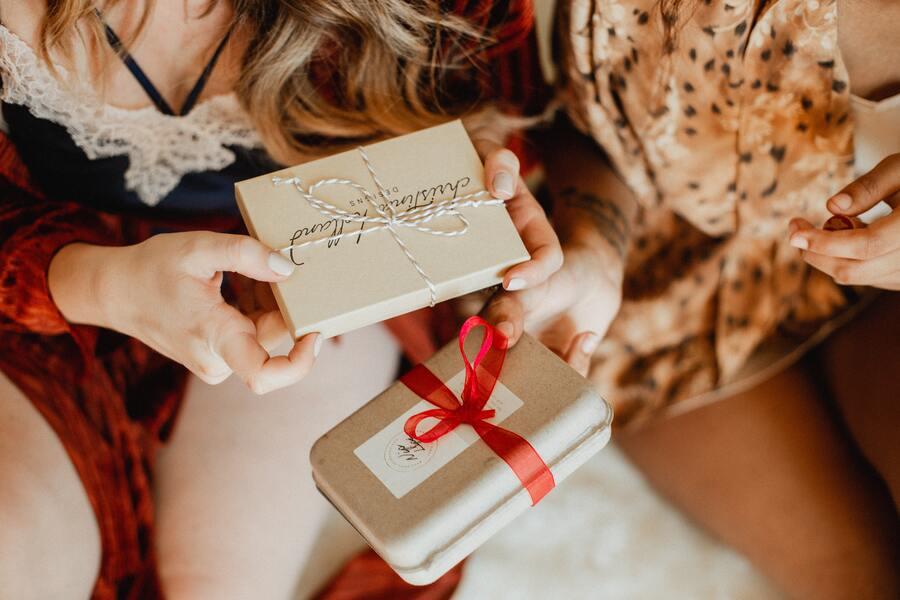 Migliori idee regalo di Natale per un'amica
